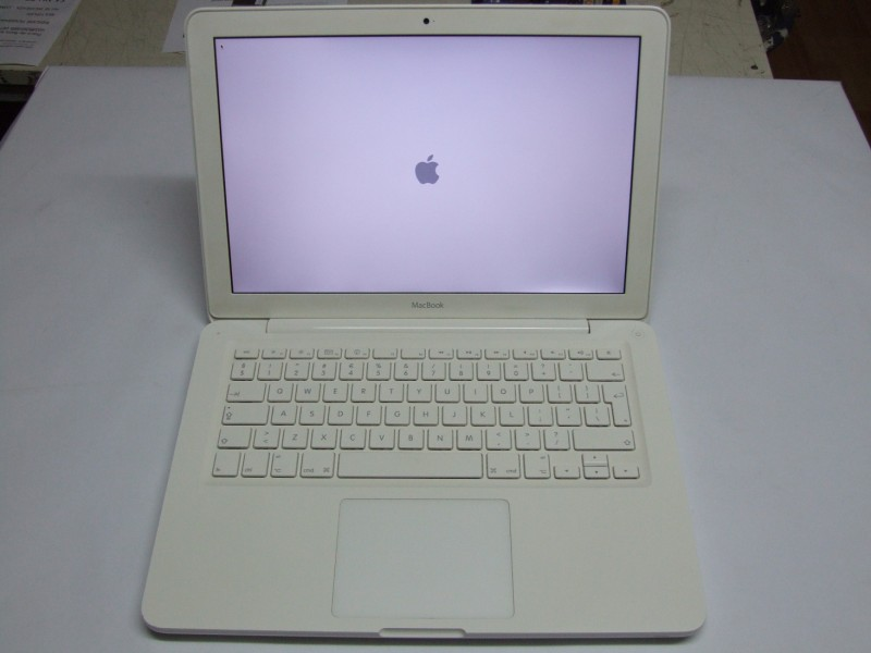 Vand Laptop Apple Macbook White Unibody A1342 Macbook6 1